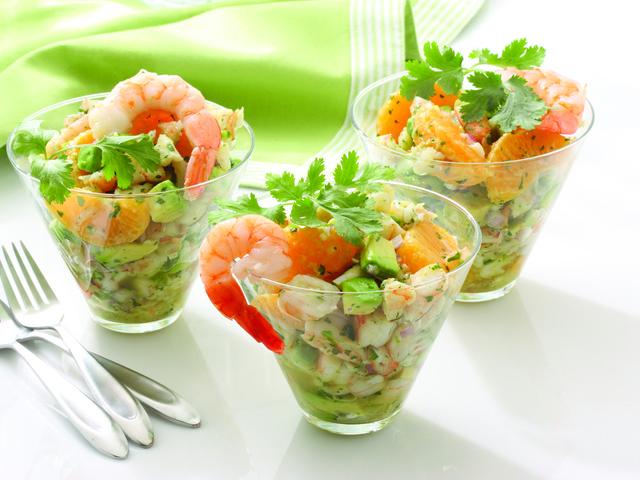 Рецепт легкого и вкусного салата с креветками